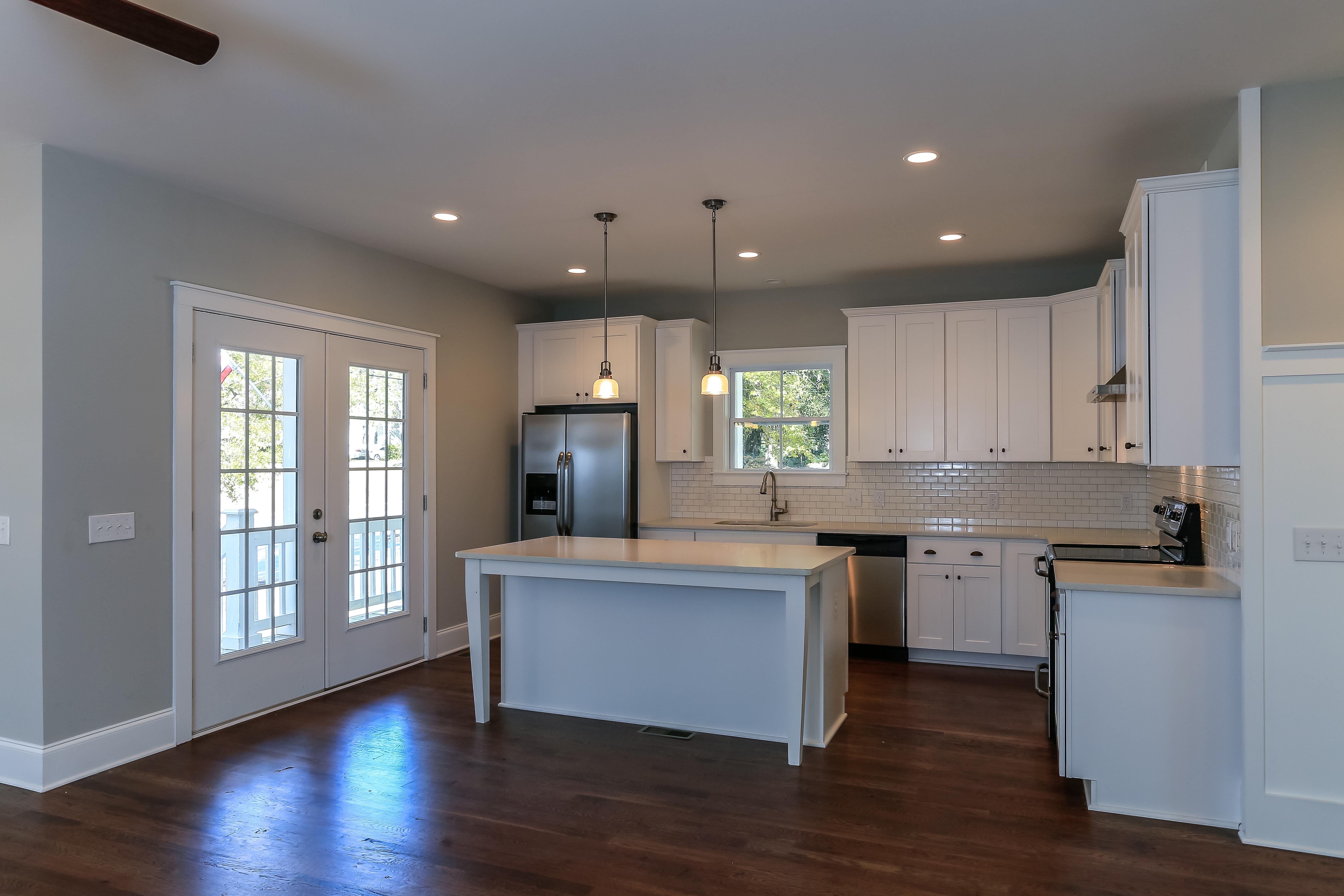 delpino custom homes  llc traditional  modern  coastal kitchen portfolio