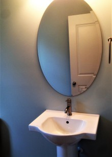 4524 Powder room